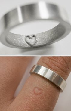 What a lovely ring.Time to upgrade!