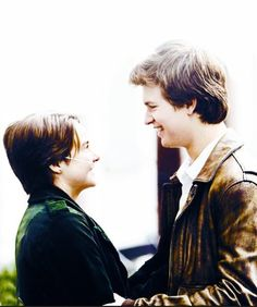 Shailene Woodley and Ansel Elgort in TFIOS