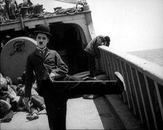 Charlie Chaplin http://7artcinema.online.fr/en_7artcinema_cinema_7art_director_charlie_chaplin.html
