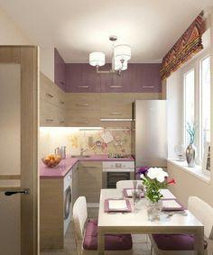 Нежная сирень и светлое дерево дарят уют и тепло в интерьере кухни