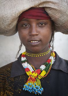 Harari Woman In Traditional Costume, Harar, Ethiopia by Eric Lafforgue on Flickr   (Larger)