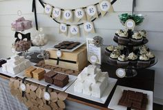 Smores bar for fire pit! Wedding reception games and unique ideas to keep guests happy! Cookie Bar Wedding, Wedding Food Bars, Wedding Reception Games, Dessert Bar Wedding, Wedding Cookies, Wedding Desserts, Dessert Bars, Dessert Table, Wedding Ideas