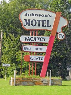 Used to swim here as a kid with summer camp.  Johnson's Motel (Warrenton, VA)