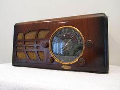 Vintage 1930s Old Antique Mantola Depression Era Radio from Ted Rogers Museum | eBay