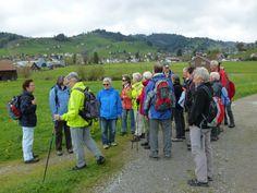 Wanderung 29. April 2014: Nach Start in Gais erste Informationen vom Wanderleiter