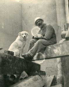 Self-Portrait with Polaire by Constantin Brancusi, 1921 Modern Sculpture, Sculpture Art, Organic Sculpture, Romania People, Constantin Brancusi, People Of Interest, Portraits, Vintage Dog, Art Moderne