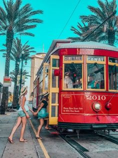 The Ultimate Girls' Guide to New Orleans – Tripping with my Bff - Louisiana Travel Destinations New Orleans Vacation, Visit New Orleans, New Orleans Travel, New Orleans Louisiana, Louisiana Usa, Spring Break Miami, Spring Break Trips, New Orleans Spring Break, Senior Trip
