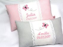 Ein individuelles **Namenskissen** x i. Baby Sheets, Baby Bedding Sets, Baby Pillows, Throw Pillows, Bed Covers, Cushion Covers, Pillow Covers, Baby Barn, Pillow Embroidery