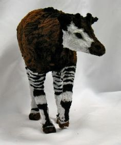Lauren Ryan makes gorgeous (and fuzzy) animal sculptures with pipe cleaners! Okapi Sculpture