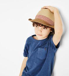 Kontrastowy kapelusz z otokiem - Więcej - AKCESORIA - CHLOPIEC   4 - 14 lat - DZIECI   ZARA Polska