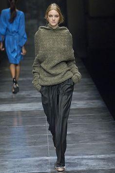 Stella McCartney Fall 2005 Ready-to-Wear Fashion Show - Caroline Trentini (Elite)