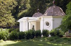 POOL HOUSE – Start collecting design ideas for the future pool house. This one can work. David Buergler
