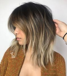 60 Fun and Flattering Medium Hairstyles for Women Long Disconnected Bob with Highlights Medium Length Hair Cuts With Layers, Medium Hair Cuts, Medium Hair Styles, Short Hair Styles, Choppy Layers, Choppy Lob, Layered Cuts, Shaggy Medium Hair, Lob Bangs