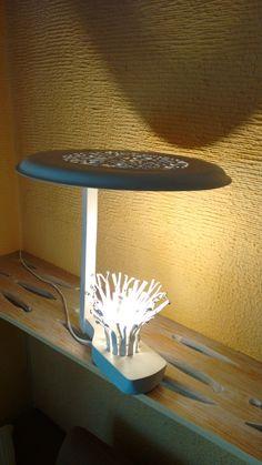 """lámpara """"COGELA"""", diseño y elaboración Javier Vega Regueiro."""