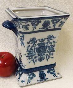 """English Blue and White Porcelain Vase 8"""""""
