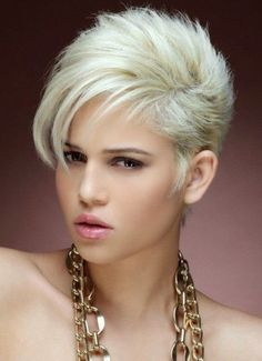 Simple and Stylish Tricks Can Change Your Life: Women Hairstyles Pixie Bangs asymmetrical hairstyles over Hairstyles Gypsy women hairstyles over 60 bangs.Asymmetrical Hairstyles Over Hairstyles For Round Faces, Short Hairstyles For Women, Hairstyles With Bangs, Updos Hairstyle, Fringe Hairstyles, Feathered Hairstyles, Bouffant Hairstyles, Beehive Hairstyle, Brunette Hairstyles