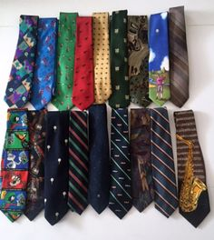 18 Silk Blend Tie Lot Assorted Designer Prints Abstract Sports Stripes Animals Cutter Sewing Fabric Quilting Crafting Upcycle Mens Neckties