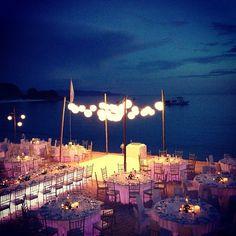 SimplyBridal — Lovely beach wedding reception.