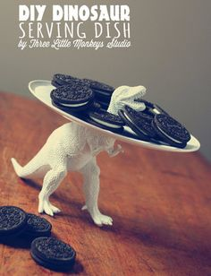 Craft Time!: A Do-It-Yourself Dinosaur Toy Serving Tray | Geekologie