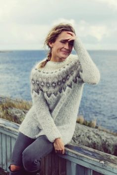 Icelandic Sweaters, Cozy Sweaters, Sweaters For Women, Knit Fashion, Sweater Fashion, Pullover Mode, Knit Art, How To Purl Knit, Sweater Knitting Patterns