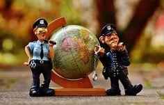 Sudski tumači prihvaćaju pravnu odgovornost za moguće pogreške.  http://sudski-tumac-zagreb.com/stalni-sudski-tumac.html