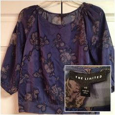 THE LIMITED - Plum Floral Blouse - XS This gorgeous blouse is in LIKE NEW condition.   Machine Wash Cold - Tumble Dry Low The Limited Tops Blouses