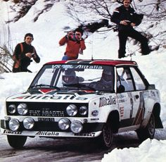Markku Alén - Ilkka Kivimäki (Fiat 131 Abarth) rallye de Monte-Carlo 1979 - L'Automobile mars 1979 Course Automobile, Classic Race Cars, Rally Car, Courses, Sport Cars, Cars And Motorcycles, Porsche, Racing, Vehicles