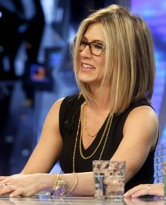 great short hair- Jennifer Aniston