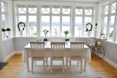 Pin on Hytte BosqueCarlotta Commercial Interior Design, Commercial Interiors, 4 Season Room, Cottage Windows, Swedish House, Room Additions, Country Kitchen, Great Rooms, House Ideas