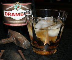 #rusty_nail  #scotch  #drambuie  Pour over #rocks in an #old_fashioned _glass