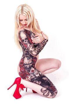 amazing skulls and roses #tattoo