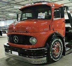 Mercedes Benz Truck Camión Diesel Caminhoes MB Cara Preta Boca Negra