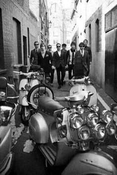 Mods Shared by Motorcycle Clothing - Two-Up Bikes Moto Scooter, Lambretta Scooter, Scooter Girl, Vespa Scooters, Vespa Vintage, Vintage Italy, Triumph Motorcycles, Brighton, Ducati