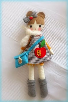 Doll with bag Handmade Angels, Handmade Soft Toys, Handmade Stuffed Animals, Sewing Dolls, New Dolls, Soft Dolls, Felt Toys, Diy Doll, Fabric Dolls