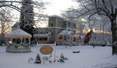 Pocono Bed and Breakfast - Cranberry Manor Bed and Breakfast - Romantic Getaway Pocono Mountains - East Stroudsburg, PA