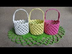 Jak zrobić mini koszyczek - Wzór 2 - Szydełko - YouTube Crochet Bowl, Easter Crochet, Crochet Hooks, Free Crochet, Unique Crochet, Beautiful Crochet, Crochet Strawberry, Lion Brand Yarn, Yarn Needle