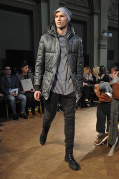 HERZLCH WILLKOMMEN, Fall - Winter 2013 / 2014, Off out of Schedule, 8. FashionPhilosophy Fashion Week Poland, fot. Łukasz Szeląg #herzlichwilkommen #fashionweek #fall2013 #winter2013 #fw13 #aw13 #off #youngdesigners #fashioninspirations #trends #fashiondesigners #polishfashiondesigners #offoutofschedule #fashion #fashionweekpl #fashionweekpoland #fashionphilosophy