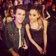 Peyton Clark and Ariana Grande -- Coolest Celeb Selfies from the 2014 Radio Disney Music Awards | Twist #RDMAs
