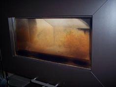 Kaminofenscheibe reinigen -  cleaning fireplace glass with ash - mit Fotoanleitung