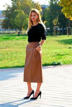 Vintage Leather Midi Skirt, Vintage Shirt, Vintage Pumps