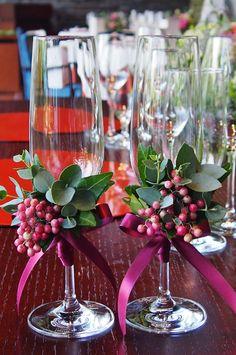 #novarese#vressetrose#wedding#red#tablecoordinate#glassgorsage#bordaux #natural #flower #bridal#mitakisou#三瀧荘#ノバレーゼ#ブレスエットロゼ #ウエディング# 赤 #ボルドー#レッド #シンプル # ゲストテーブル #テーブルコーディネート # ブライダル#結婚式#グラスコサージュ#コサージュ#乾杯グラス Head Table Wedding Decorations, Head Table Decor, Pagan Wedding, Wedding Details, Bouquet, Tableware, Flowers, Christmas, Anna