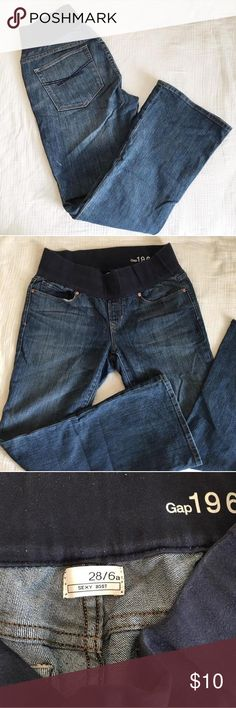 """Gap Maternity Denim 28/6a Gap boot cut maternity denim with Demi panel. Size 28/6a ankle length. Has a small spot on back side but not noticeable. In great shape!! 29"""" inseam Gap Jeans Boot Cut"""