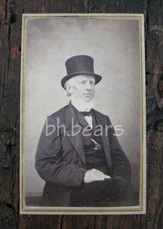 Civil War Era CDV Uncle Frank Goodrich Sen Co NY Photographer Tubbs | eBay Chin Beard, Beauty Photos, American Civil War, Menswear, Baseball Cards, Ebay, Vintage, Art, America Civil War