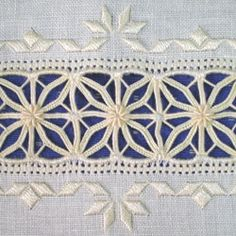 A beautiful piece of drawn thread. The patience it takes to wrap those bars, wow! Hardanger Embroidery, Silk Ribbon Embroidery, Cross Stitch Embroidery, Hand Embroidery, Embroidery Needles, Embroidery Patterns, Doily Patterns, Dress Patterns, Drawn Thread