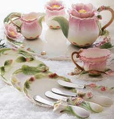resim: porselen çay ve yemek takımları [0]