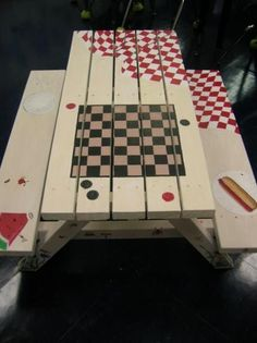 picnic with checkers would be great with other games too! Backgammon, Scrabble (using tiles), tic tac toe (with painted rocks for pieces). Cool DIY tablecloth to pack for camping. Table Picnic, Painted Picnic Tables, Painted Chairs, Hand Painted Furniture, Outdoor Projects, Wood Projects, Projects To Try, Furniture Makeover, Diy Furniture