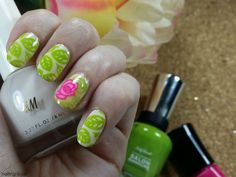 I purchased a bold and graphic stamping plate from Born Pretty Store recently and have been using it for a number of manicures. I decided to celebrate the transition of Spring into Summer with the thick leaf and floral designs available on the plate. I think this leafy nail art is really fun