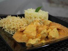 STUDIO PEGASUS - Serviços Educacionais Personalizados & TMD (T.I./I.T.): Gastronomia: Estrogonofe de frango diferente