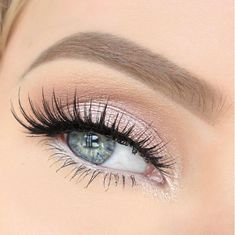 Perfect Bridal Makeup So pretty in pink! @_beautybyalex with Noir Fairy Lashes… Eyebrow Makeup Tips