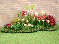 Dolls House Flower Bed from The Wonham Collection. A2417.
